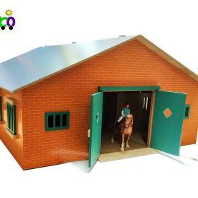 Drewniana stajnia dla koni 7 boksów